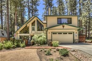 Photo of 41931 Evergreen Drive, Big Bear, CA 92315 (MLS # IV19158915)