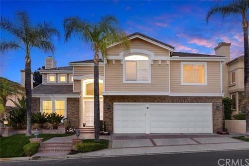 Photo of 27 Golf View Drive, Rancho Santa Margarita, CA 92679 (MLS # OC21076915)
