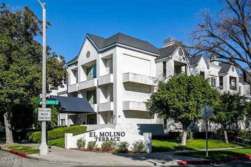 Photo of 300 N El Molino Avenue #204, Pasadena, CA 91101 (MLS # P1-2915)