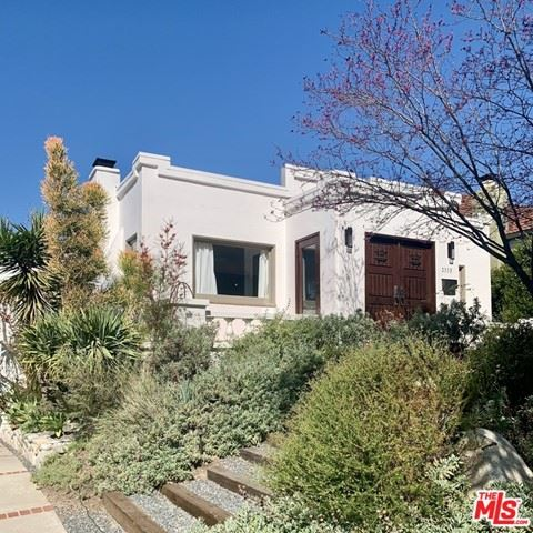 Photo of 2333 Nella Vista Avenue, Los Angeles, CA 90027 (MLS # 21710916)