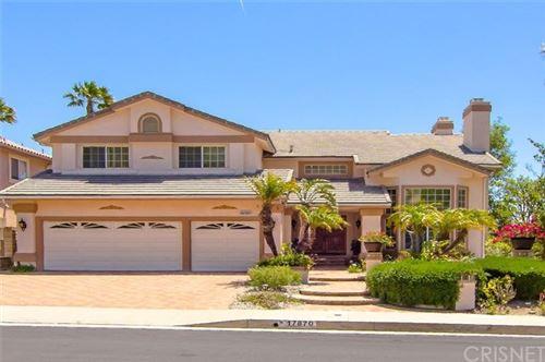 Photo of 17870 Orna Drive, Granada Hills, CA 91344 (MLS # SR20096916)