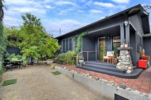 Photo of 4915 Fountain Avenue, Los Angeles, CA 90029 (MLS # SR20191916)