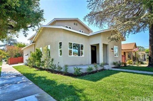 Photo of 2000 Oak W Street, Burbank, CA 91506 (MLS # SR20213916)