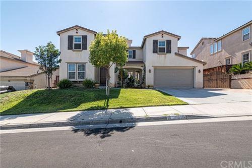 Photo of 36671 Longbranch Avenue, Murrieta, CA 92563 (MLS # SW20153916)