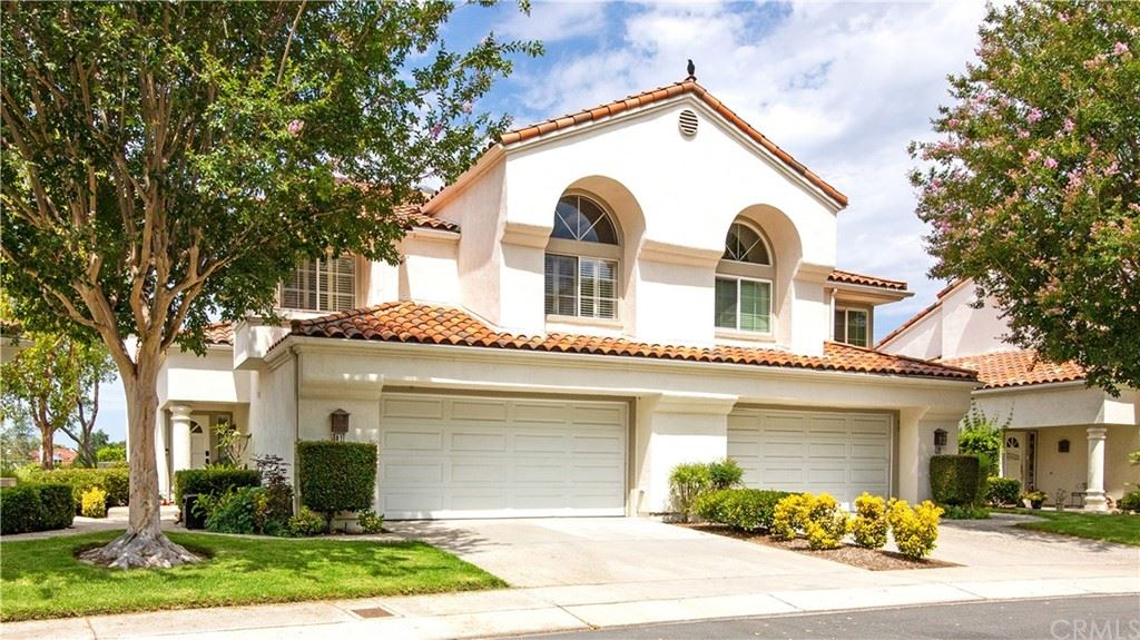 Photo of 41 Calle Melinda, Rancho Santa Margarita, CA 92688 (MLS # OC21153916)