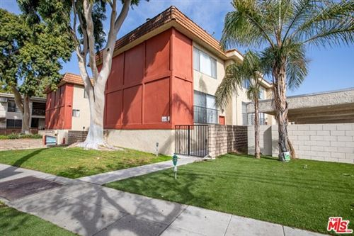 Photo of 1910 Grismer Avenue #F, Burbank, CA 91504 (MLS # 21715918)