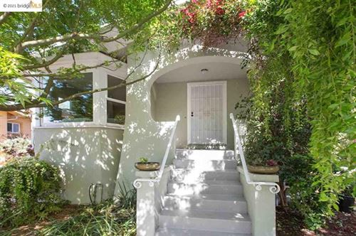 Photo of 3133 Kingsland Ave, Oakland, CA 94619 (MLS # 40944918)