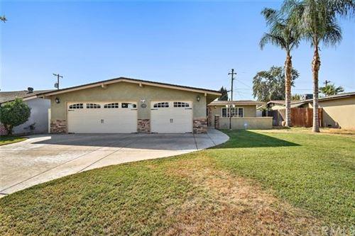 Photo of 2401 Belvedere Avenue, Bakersfield, CA 93304 (MLS # CV20220918)