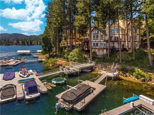 Photo of 27463 Bay Shore Drive, Lake Arrowhead, CA 92352 (MLS # EV20126918)