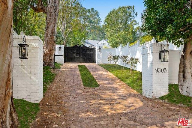 Photo of 9305 HAZEN Drive, Beverly Hills, CA 90210 (MLS # 20582918)