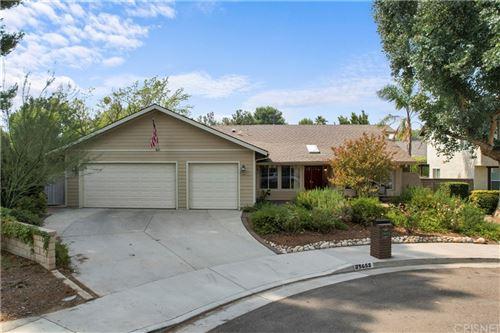 Photo of 25655 Yucca Valley Road, Valencia, CA 91355 (MLS # SR21208919)