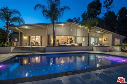 Photo of 1054 SHADOW HILL Way, Beverly Hills, CA 90210 (MLS # 21702920)