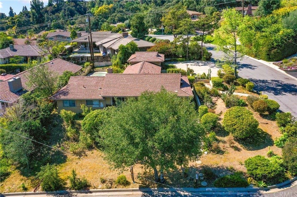 Photo of 212 Carolwood Drive, Arcadia, CA 91006 (MLS # AR21205920)
