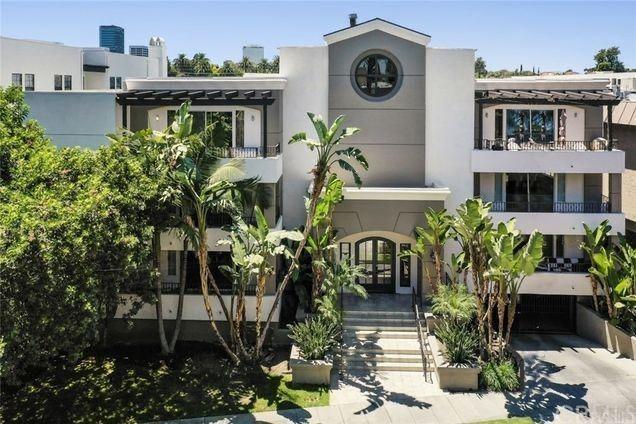 Photo for 4637 Willis Avenue #111, Sherman Oaks, CA 91403 (MLS # PW21204920)
