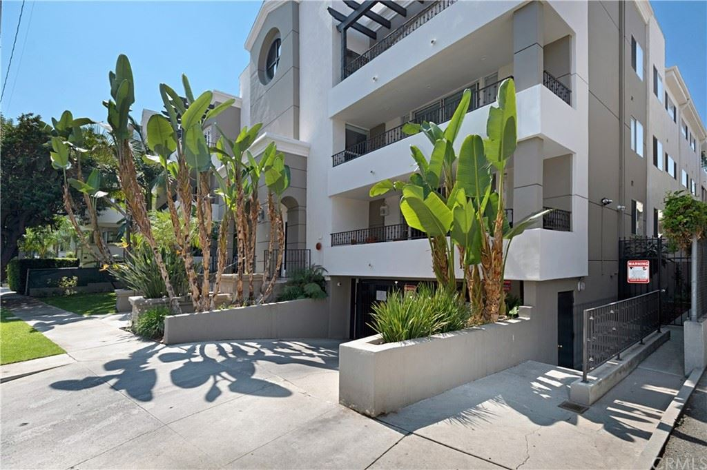 Photo of 4637 Willis Avenue #111, Sherman Oaks, CA 91403 (MLS # PW21204920)