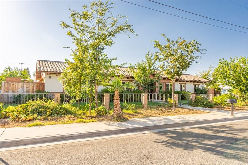 9836 Beau Avenue, Riverside, CA 92503 - MLS#: CV21205921