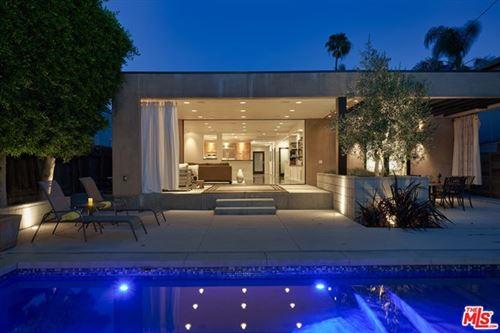 Photo of 845 N LAS PALMAS Avenue, Los Angeles, CA 90038 (MLS # 20599922)