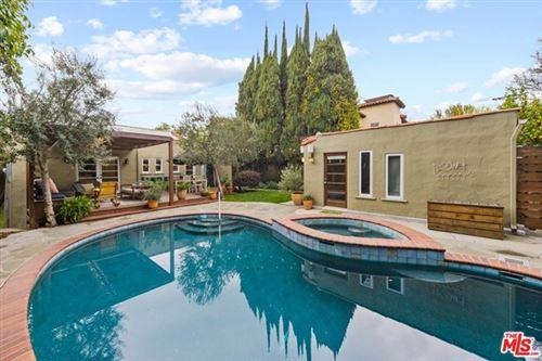 Photo of 116 S Vista Street, Los Angeles, CA 90036 (MLS # 21712922)