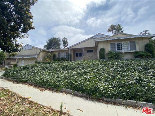 Photo of 2731 Anchor Avenue, Los Angeles, CA 90064 (MLS # 21741922)