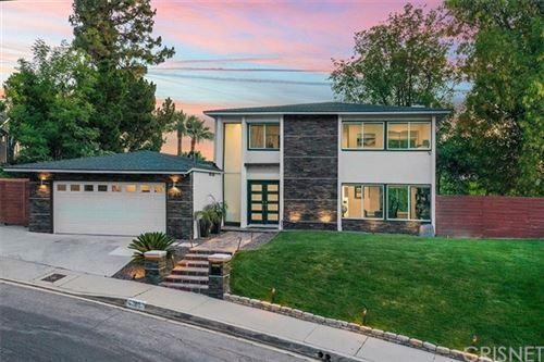 Photo of 4833 Dunman Avenue, Woodland Hills, CA 91364 (MLS # SR20125922)