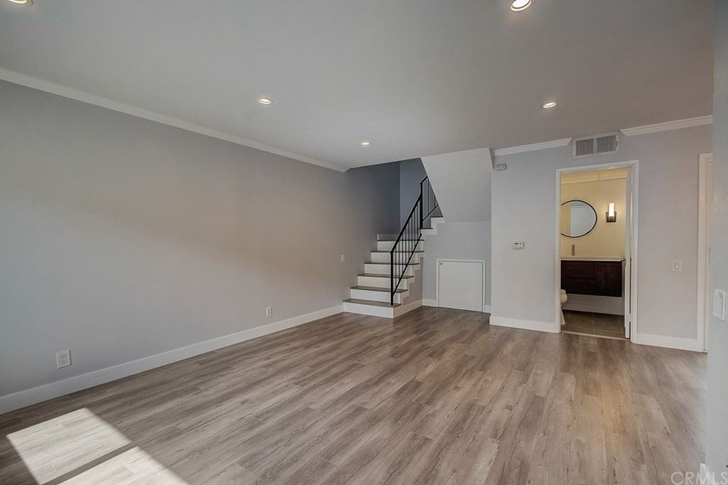 Photo of 250 W Spazier Avenue #204, Burbank, CA 91502 (MLS # OC21225922)