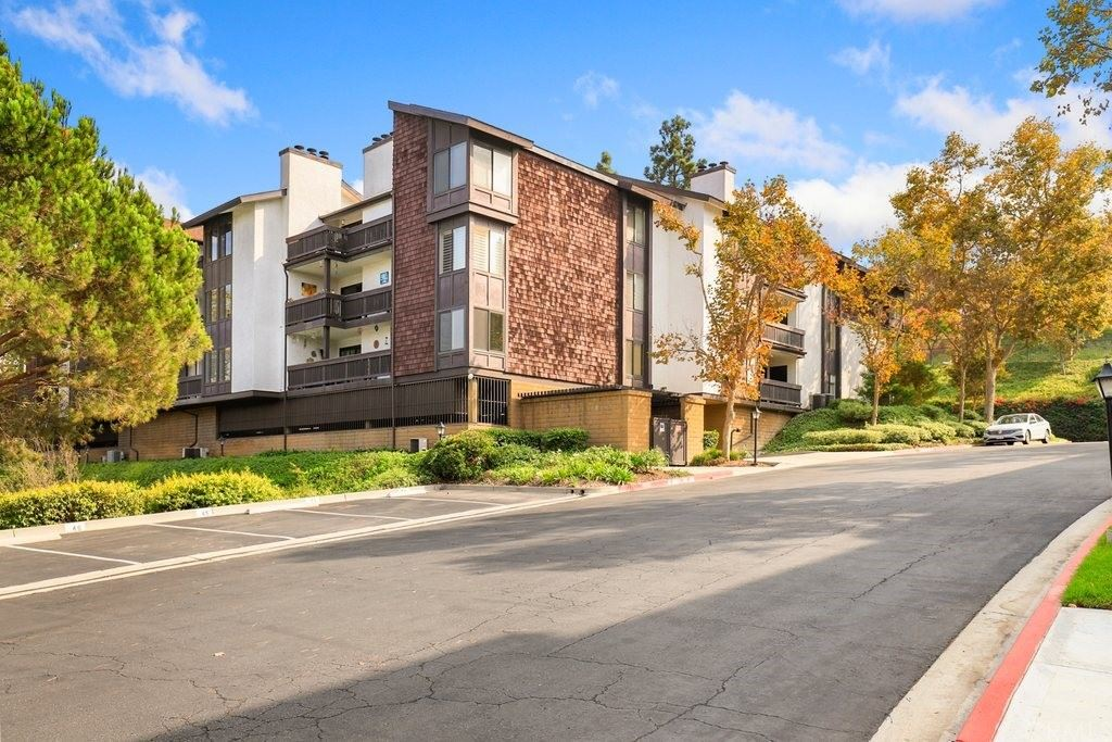 2514 E Willow Street #206, Signal Hill, CA 90755 - MLS#: PW21221922