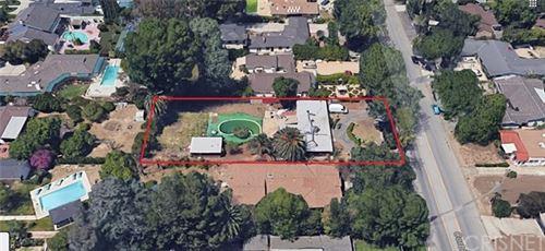 Photo of 5915 Corbin Avenue, Tarzana, CA 91356 (MLS # SR20051923)