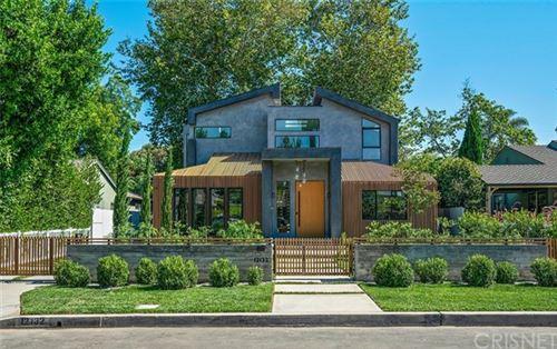 Photo of 12132 Otsego Street, Valley Village, CA 91607 (MLS # SR20145923)