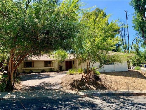 Photo of 22934 Gershwin Drive, Woodland Hills, CA 91364 (MLS # SR20162923)