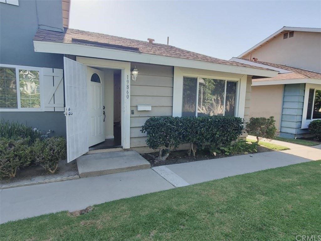 Photo of 19860 Berkshire Lane, Huntington Beach, CA 92646 (MLS # OC21166923)