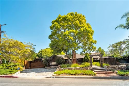 Photo of 868 Brooktree Road, Pacific Palisades, CA 90272 (MLS # PW21063924)