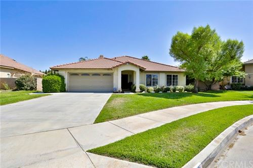 Photo of 826 Deleon Court, Hemet, CA 92543 (MLS # SW20199924)