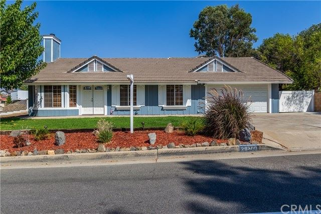 Photo of 29400 Longhorn Drive, Canyon Lake, CA 92587 (MLS # IV20183924)