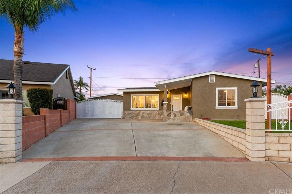 Photo of 1237 E Hampshire Avenue, Anaheim, CA 92805 (MLS # PW21159924)