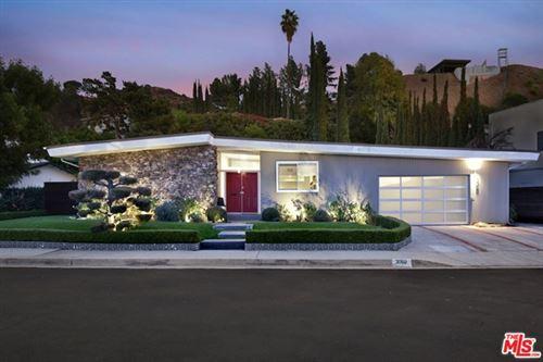 Photo of 3060 Dona Susana Drive, Studio City, CA 91604 (MLS # 20668926)