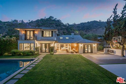 Photo of 1658 San Ysidro Drive, Beverly Hills, CA 90210 (MLS # 21761926)