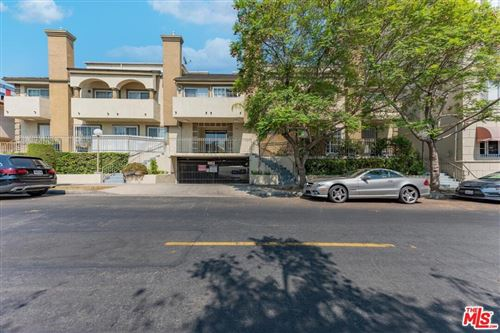 Photo of 148 S Gramercy Place #2, Los Angeles, CA 90004 (MLS # 21763926)