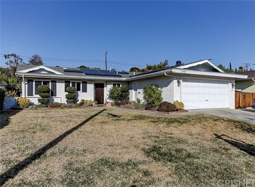 Photo of 17919 Wellhaven Street, Canyon Country, CA 91387 (MLS # SR20004926)