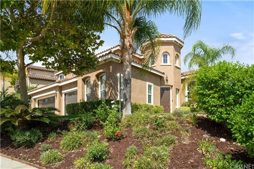 Photo of 28510 Redwood Canyon Place, Saugus, CA 91390 (MLS # SR21157926)
