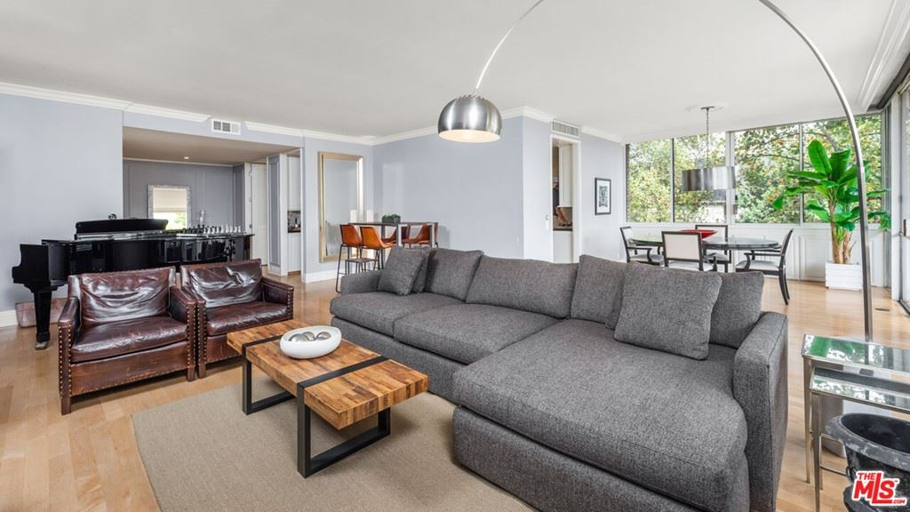 Photo of 211 S Spalding Drive #N203, Beverly Hills, CA 90212 (MLS # 21791926)