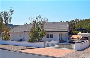 Photo of 4909 Buck Tail Lane, Paso Robles, CA 93446 (MLS # NS18194928)