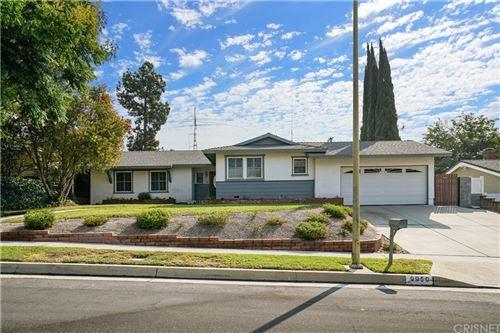 Photo of 9950 Amestoy Avenue, Northridge, CA 91325 (MLS # SR21213928)
