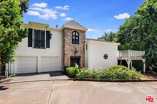 Photo of 1740 LA FONTAINE Court, Beverly Hills, CA 90210 (MLS # 20584928)