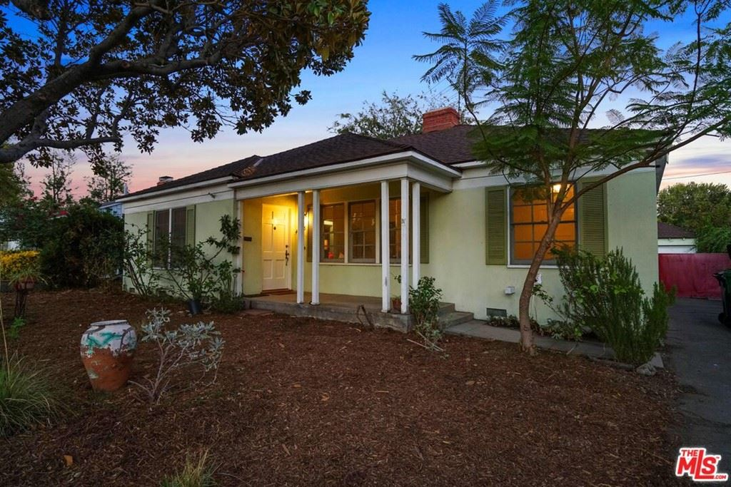 Photo of 4838 Denny Avenue, North Hollywood, CA 91601 (MLS # 21780928)