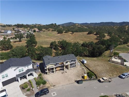 Photo of 3630 Lakeside Village Drive, Paso Robles, CA 93446 (MLS # NS20094929)