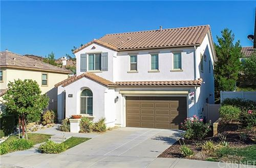 Photo of 17426 Winter Pine Way, Canyon Country, CA 91387 (MLS # SR20157930)