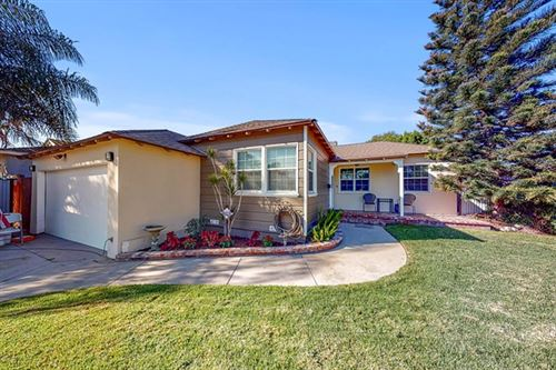 Photo of 9025 Rhea Avenue, Northridge, CA 91324 (MLS # 220010931)