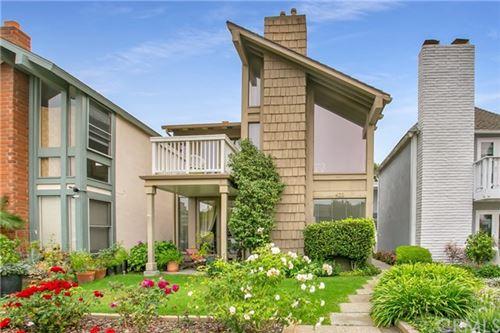 Photo of 422 Goldenrod Avenue, Corona del Mar, CA 92625 (MLS # NP20191931)
