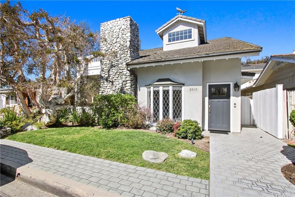Photo for 2505 Crestview Drive, Newport Beach, CA 92663 (MLS # NP21034931)