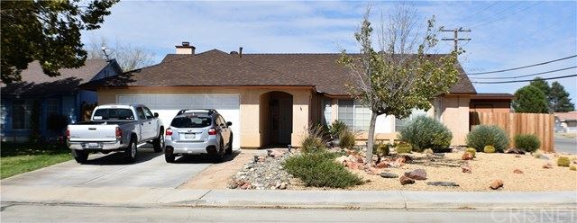 Photo for 2001 Candice Avenue, Rosamond, CA 93560 (MLS # SR20214931)